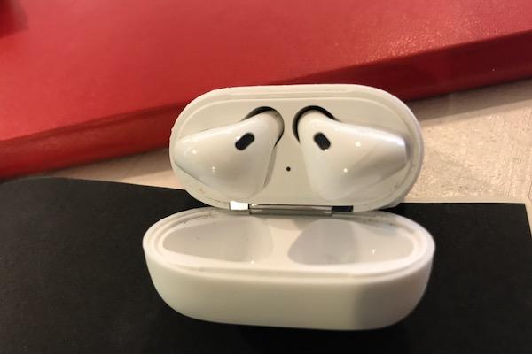 รีวิว Apple AirPods
