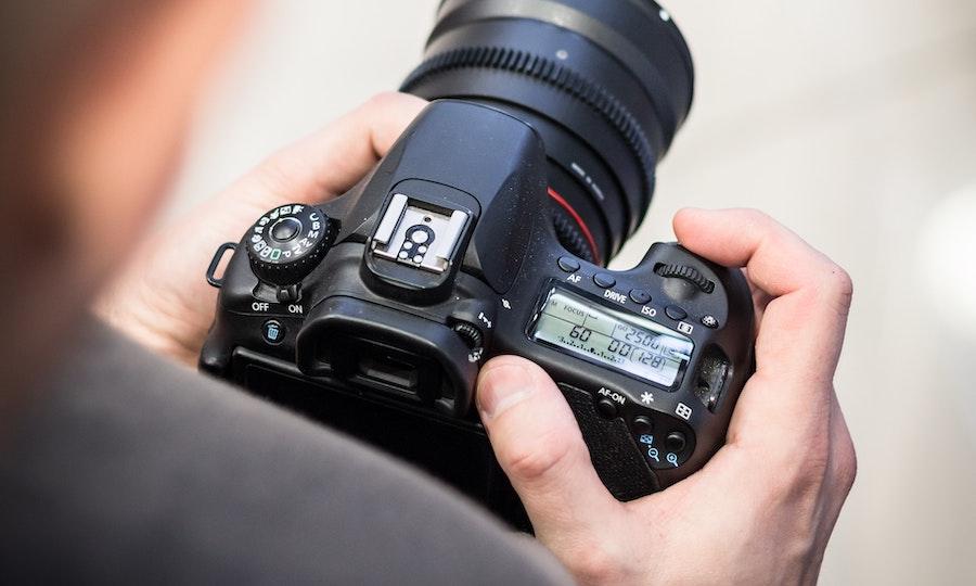 กล้อง DSLR สำหรับมือใหม่รุ่นไหนดี