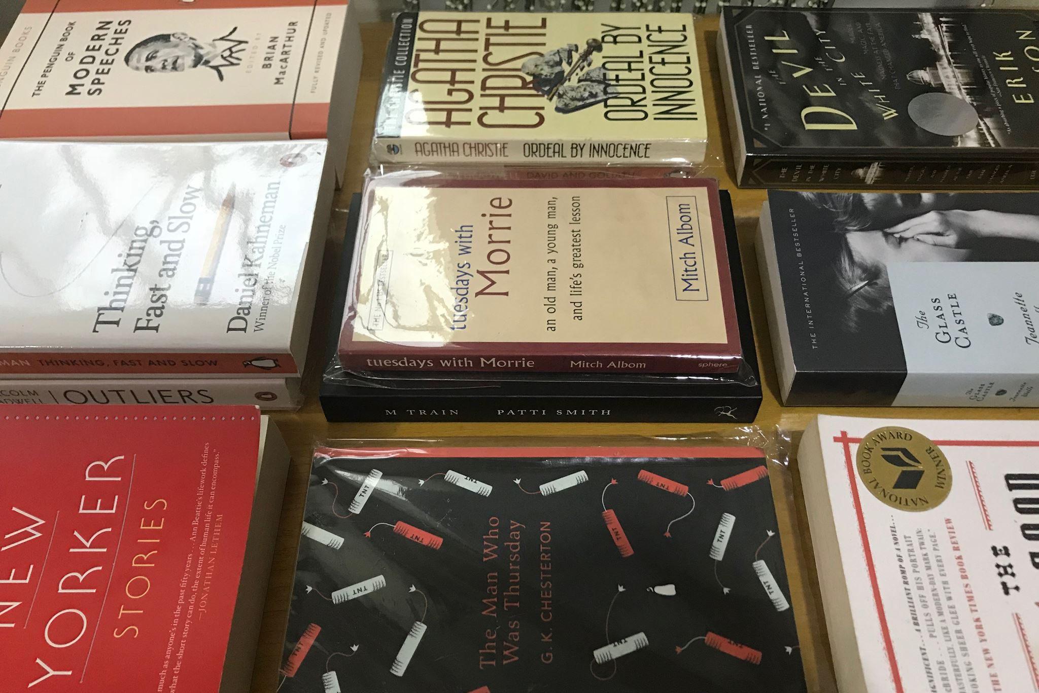 ร้านหนังสือภาษาอังกฤษมือสอง